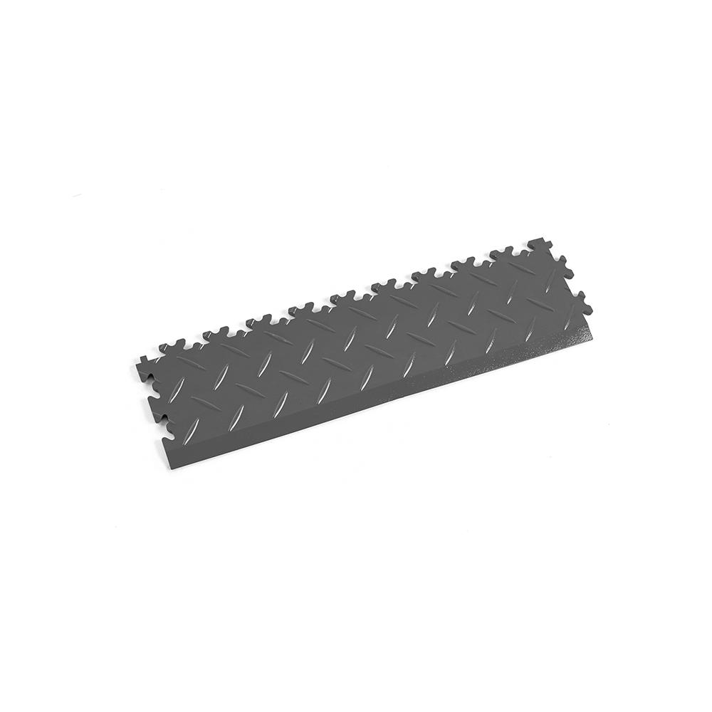 Tmavo sivá nájazdová rampa k podlahám Fortelock Industry a Light.