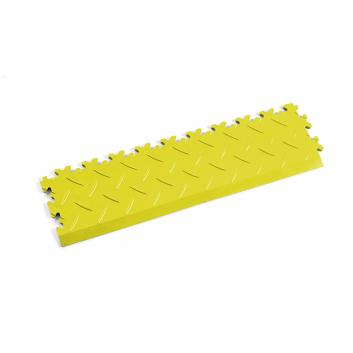 Žltá nájazdová rampa k podlahám Fortelock Industry a Light.