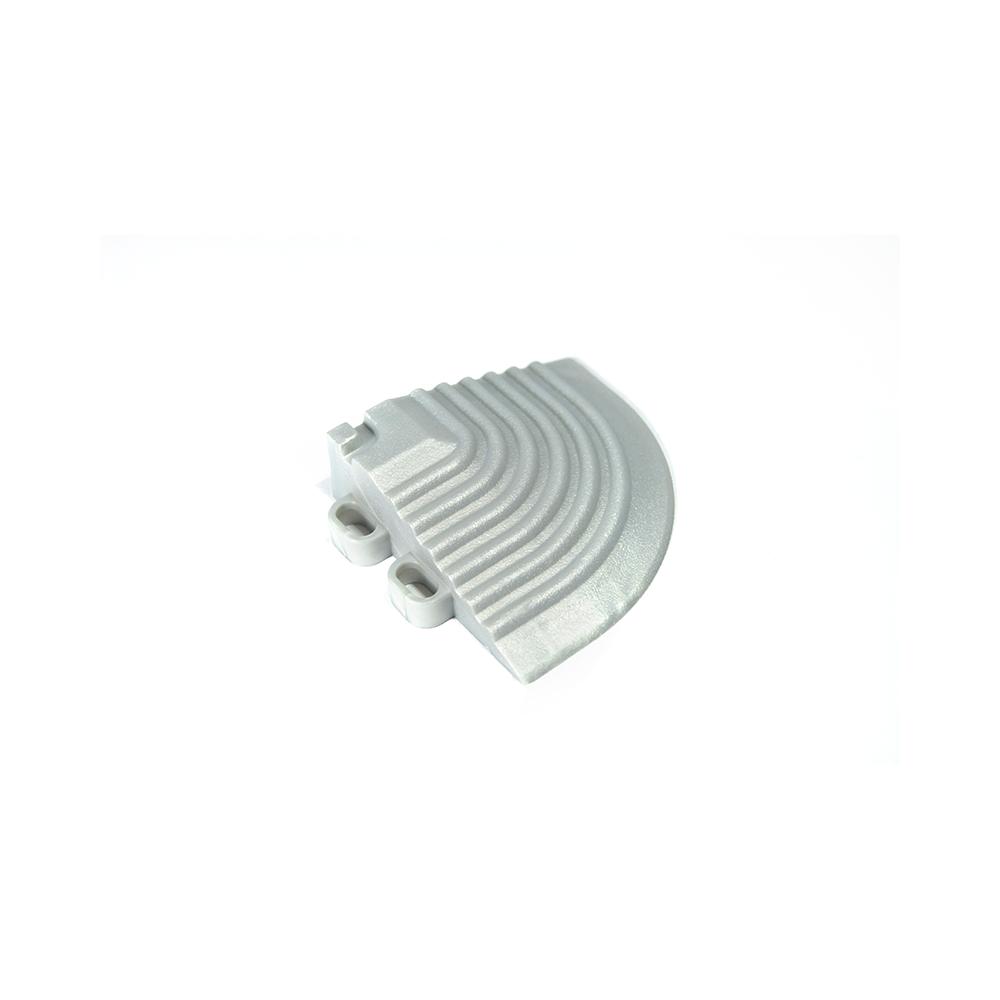 Nájazdový roh k odolným PPC podlahám Swisstrax (strieborný)