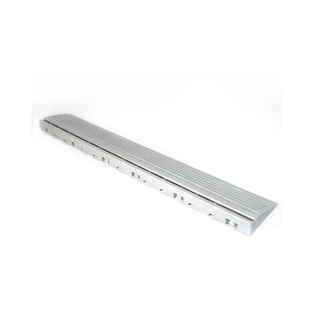 Nájazdová rampa (typ B) k odolným PPC podlahám Swisstrax (strieborná)