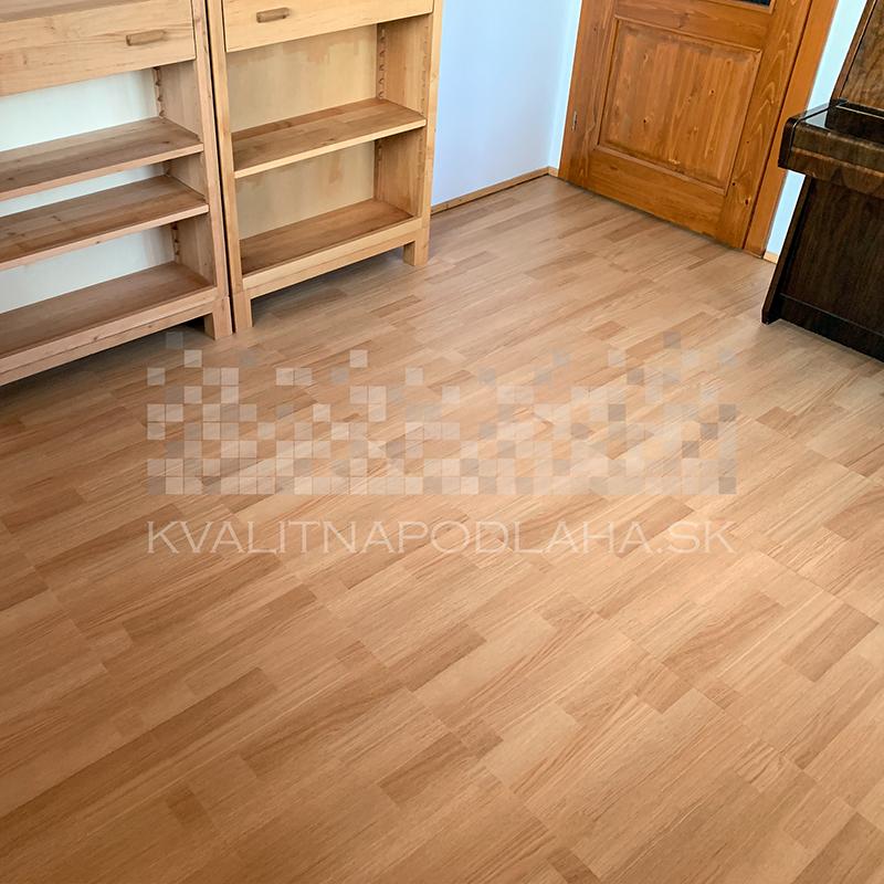 Odolná interiérová PVC podlaha Fortelock Home s imitáciou dreva