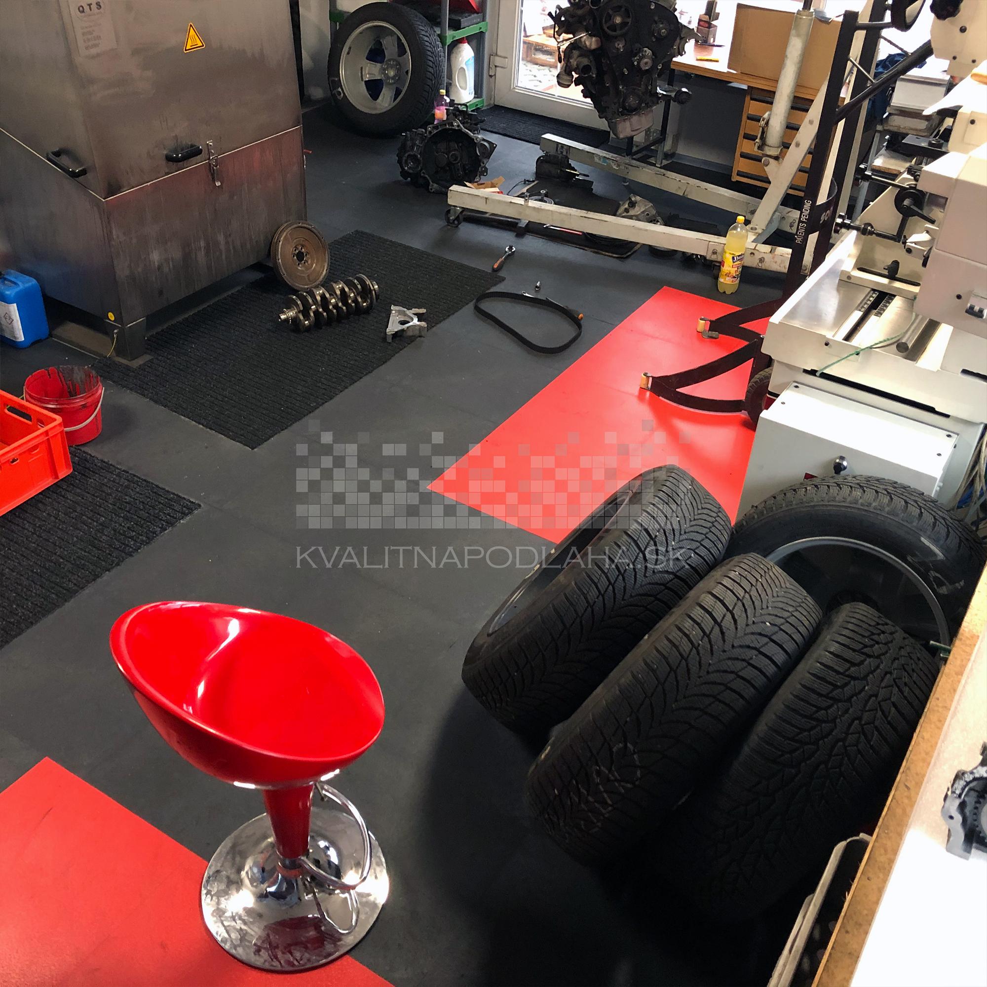 Odolná PVC podlaha do autoservisu Invisible