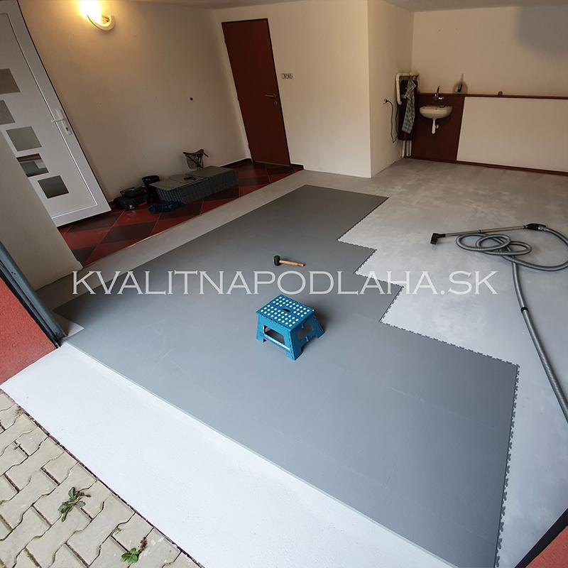 Postup pri montáži PVC podlahy Fortelock Invisible v garáži